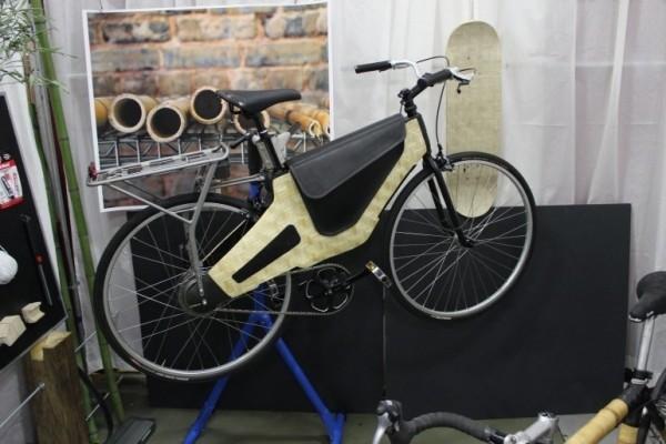 велосипед Bamboost